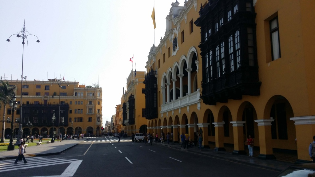 The other side of Plaza de Armas. Photo: Amelia