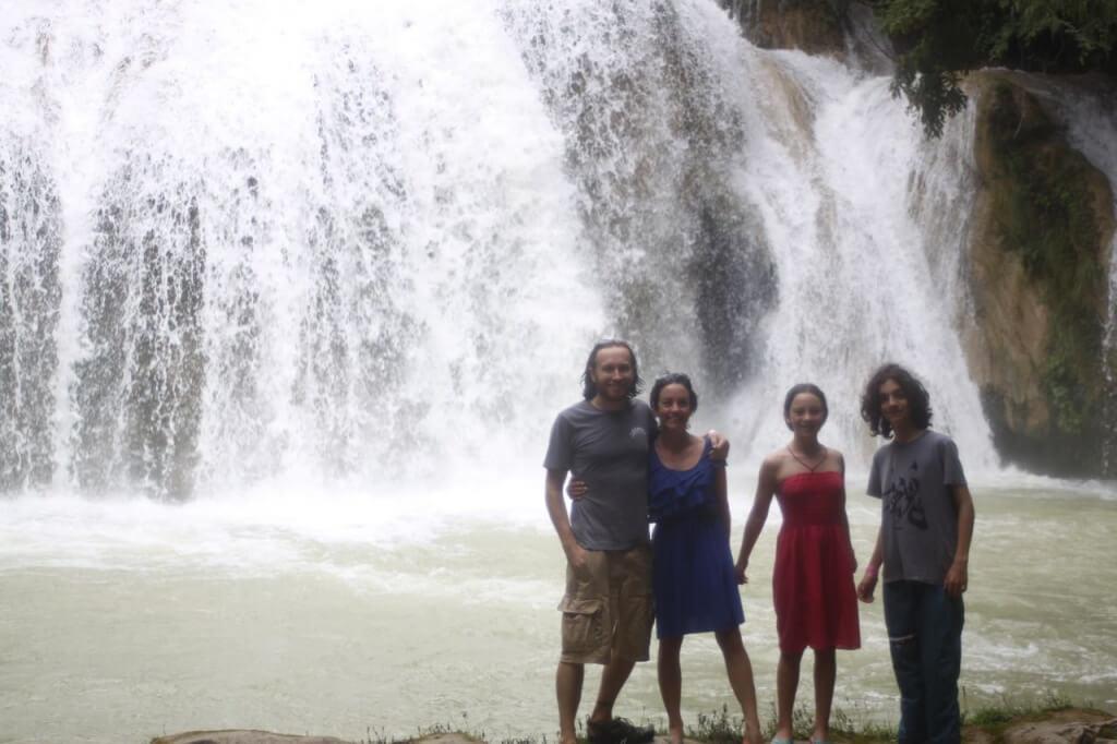 En una de las cascadas en Chiflón. Foto: Nate