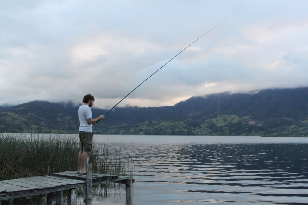 Fishing at Laguna de la Cocha. Photo by V.