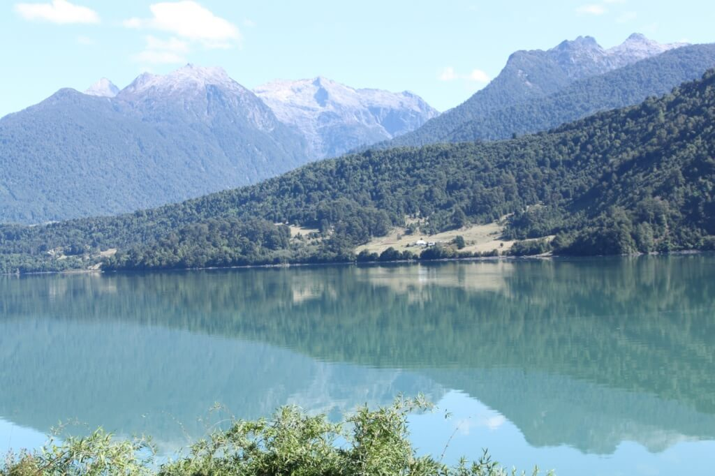 On the way to Cochamó valley. Photo: V