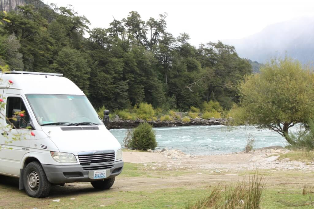 Camping on the Fú. Photo: V